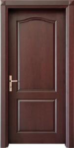 درب با چهارچوب چوبی