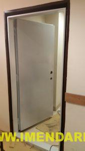 درب اتاق سرور با چارچوب کشویی